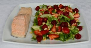 Poached Salmon with Raspberry and Tarragon Salad