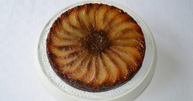 Gluten-free Caramelised Upside-Down Ginger & Pear Cake
