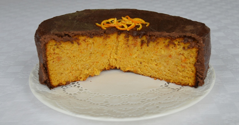 Gluten-free Chocolate-covered Clementine & Cardamom Cake
