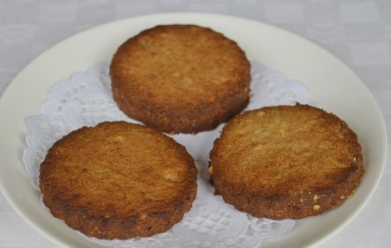 Gluten-free Gingernut Biscuits (made with lard)