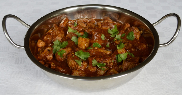Slow-cooked Lamb Rogan Josh Curry